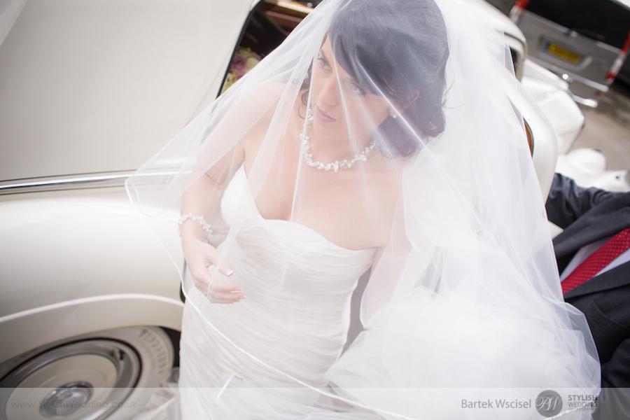 Carleen_rolando_columbian_london_wedding_stylish_bartek_wscisel11