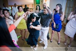 Carleen_rolando_columbian_london_wedding_stylish_bartek_wscisel54