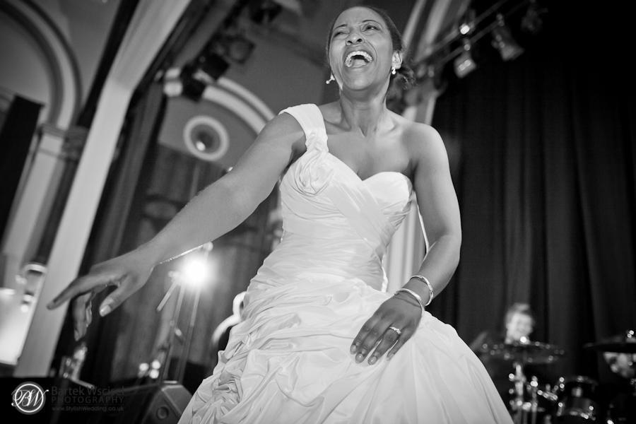 057_london_wedding_photographer_PM_Gallery_House_Walpole_Park_Ealing_Town_Hall