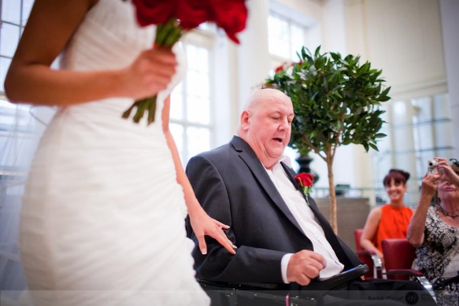 Stylish_wedding_photography_london_prism_14
