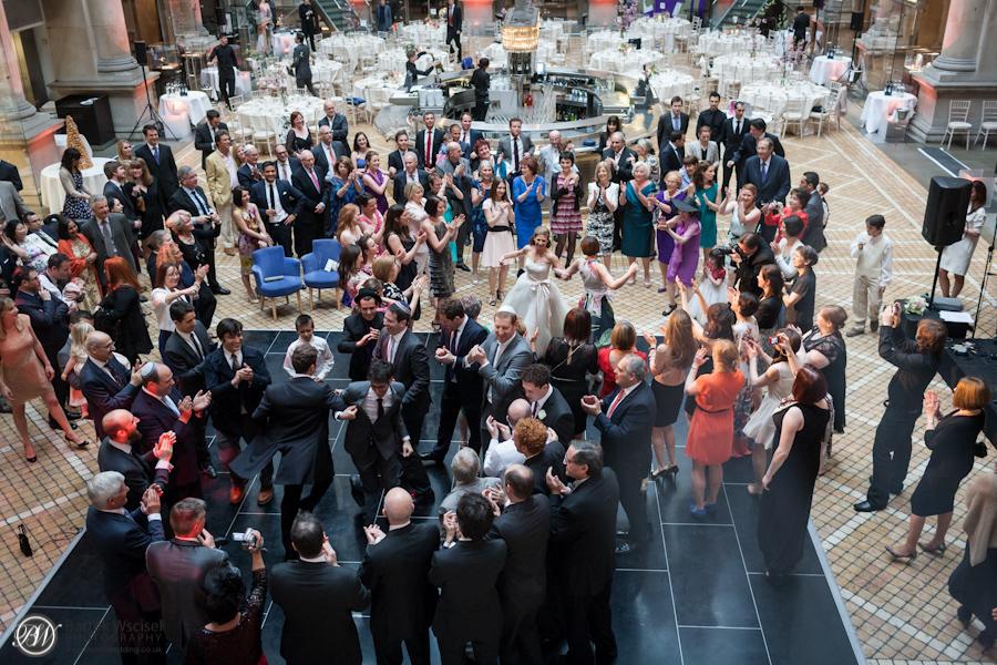 Kathryn_jewish_wedding_london_bank_the_royal_exchange_7