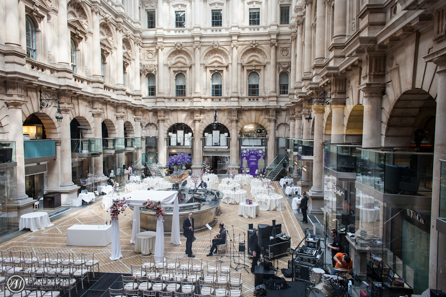 Kathryn_jewish_wedding_london_bank_the_royal_exchange_9