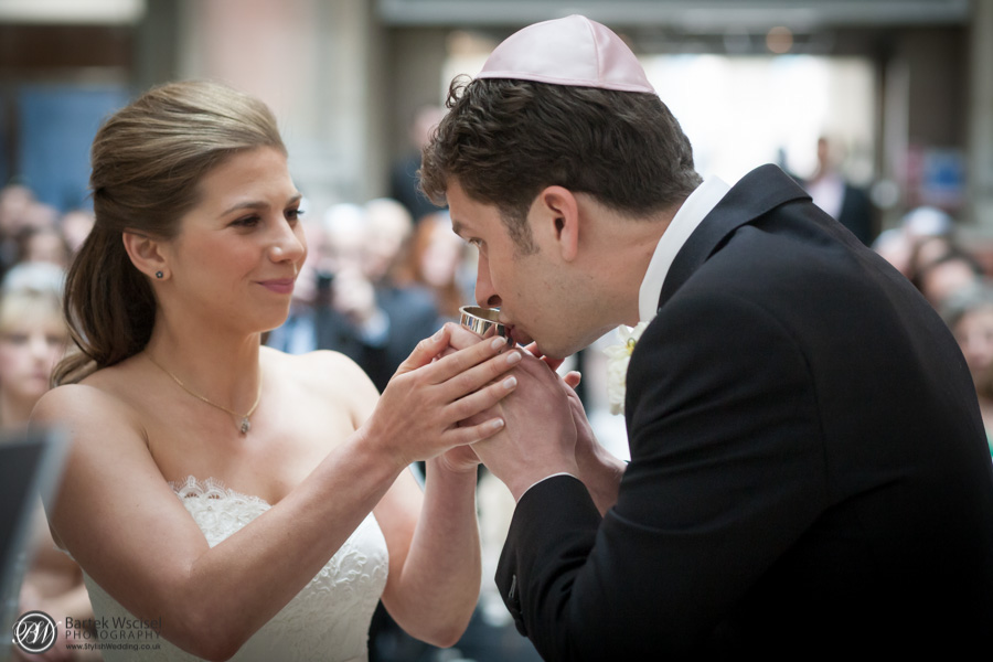 Jewish-wedding-the-royal-exchange-london-1