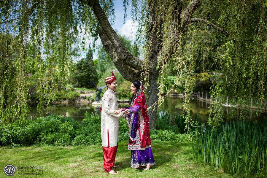 Asian-wedding-regents-park-london-wedding-photographer